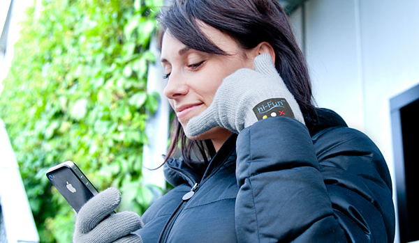 hi-fun-hi-call-bluetooth-glove